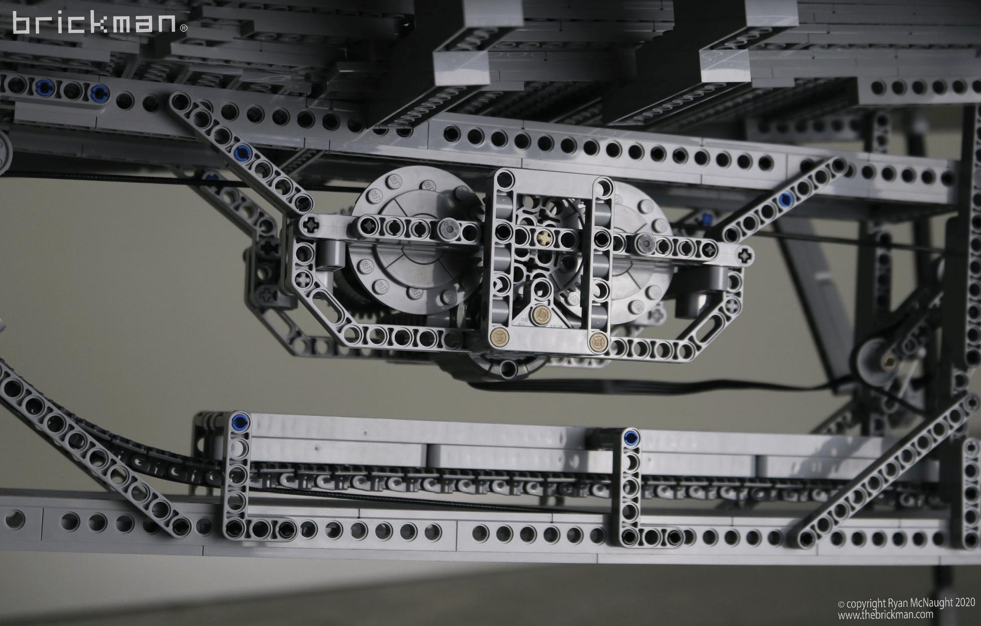 LEGO Technic Gateway Arch Motor