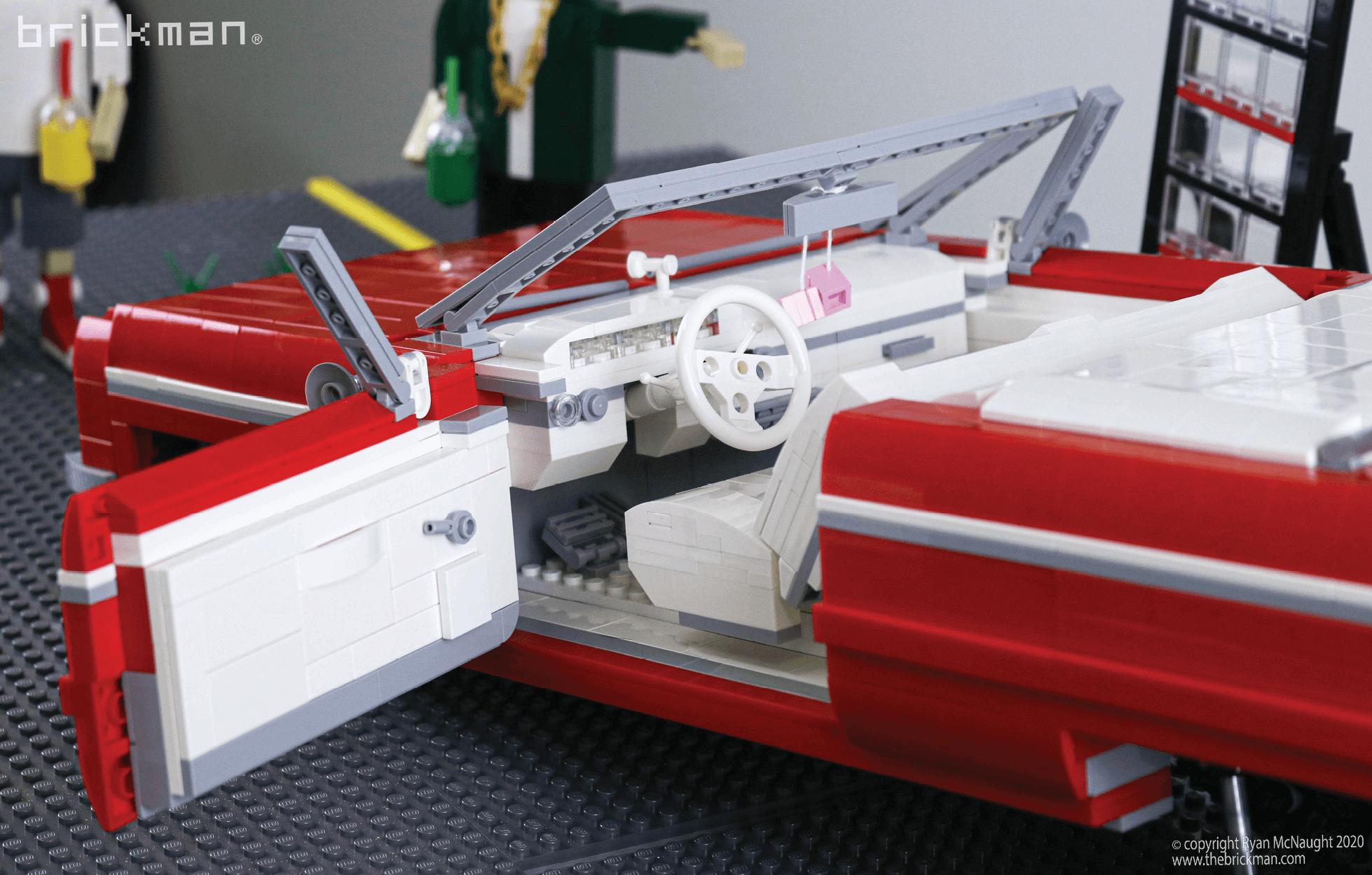 Los Brickos LEGO brick Lowrider interior
