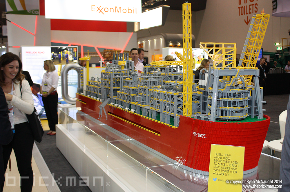 Shell LPG Refinery Ship Display 01