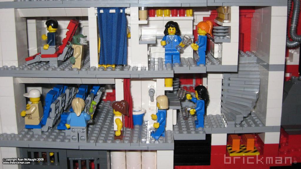 LEGO A380 cutaway1