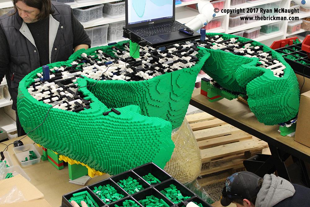 Dreamworld LEGO Hulk
