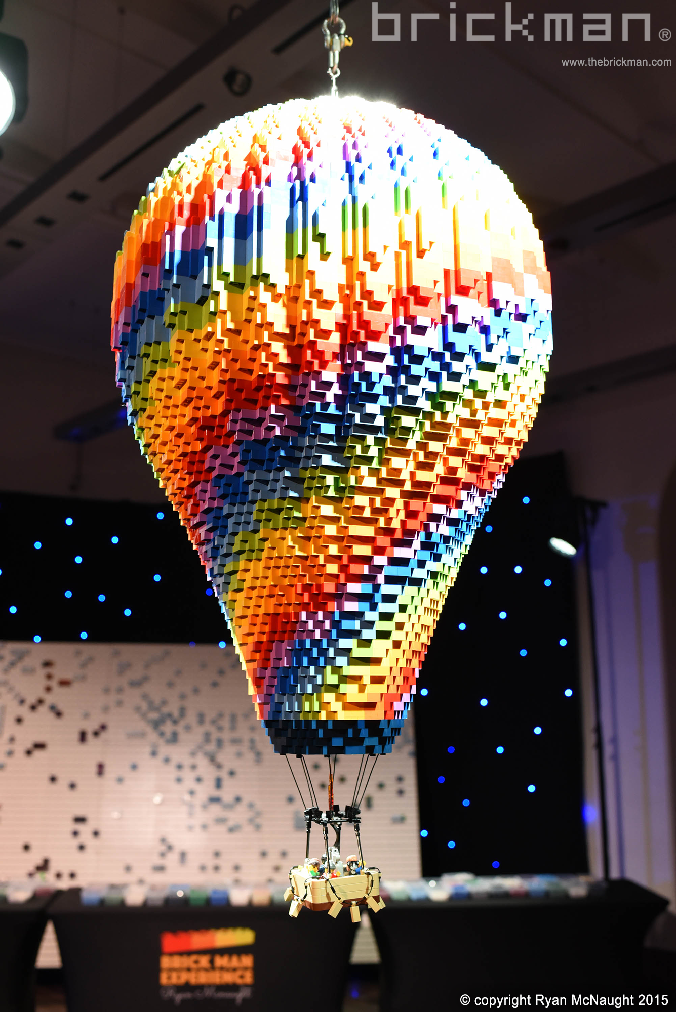 Throwback Thursday: LEGO® brick Hot Air Balloon