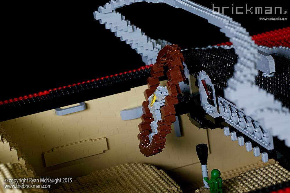 LEGO Ferrari interior 1