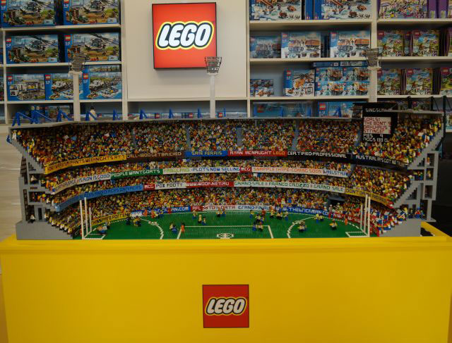 LEGO MCG