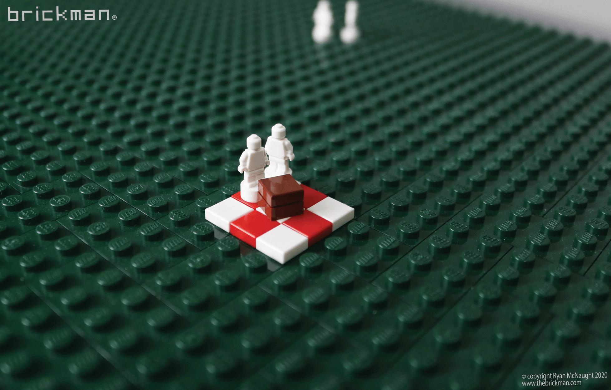 LEGO Technic Gateway Arch fig details 2