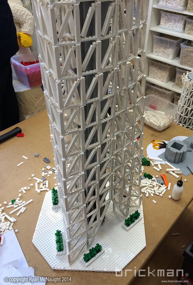 LEGO Tokyo Skytree Lattice 01