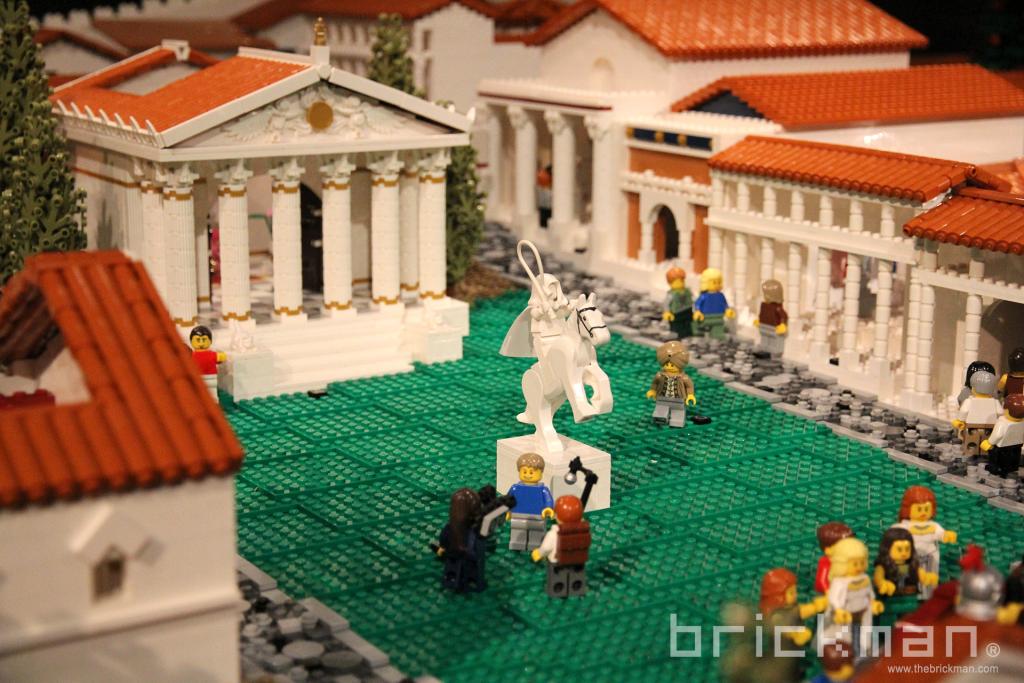 LEGO Pompeii Forum