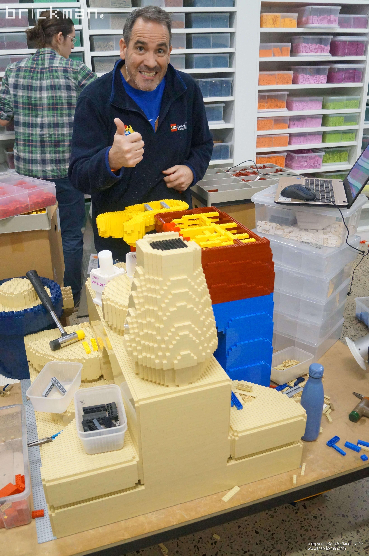 Ryan building Robina's LEGO model