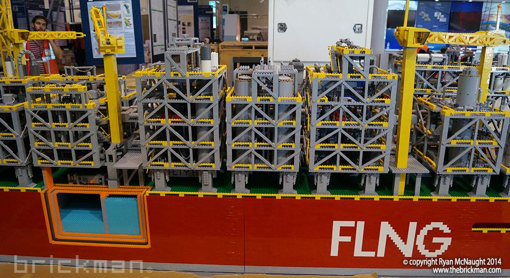 Shell LPG Refinery Ship Display 03